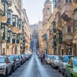 Cách xin giấy phép lái xe khi định cư Malta